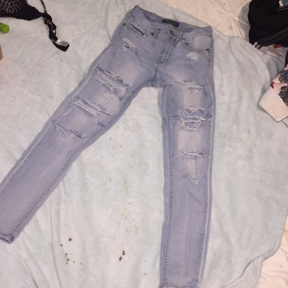 Aeropostale Denim - high waisted ripped lightwash Aeropostale jeans
